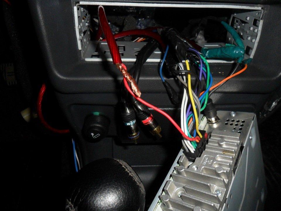 Как подключить автомагнитолу в ваз 2110