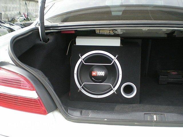 Активный сабвуфер своими руками в машину