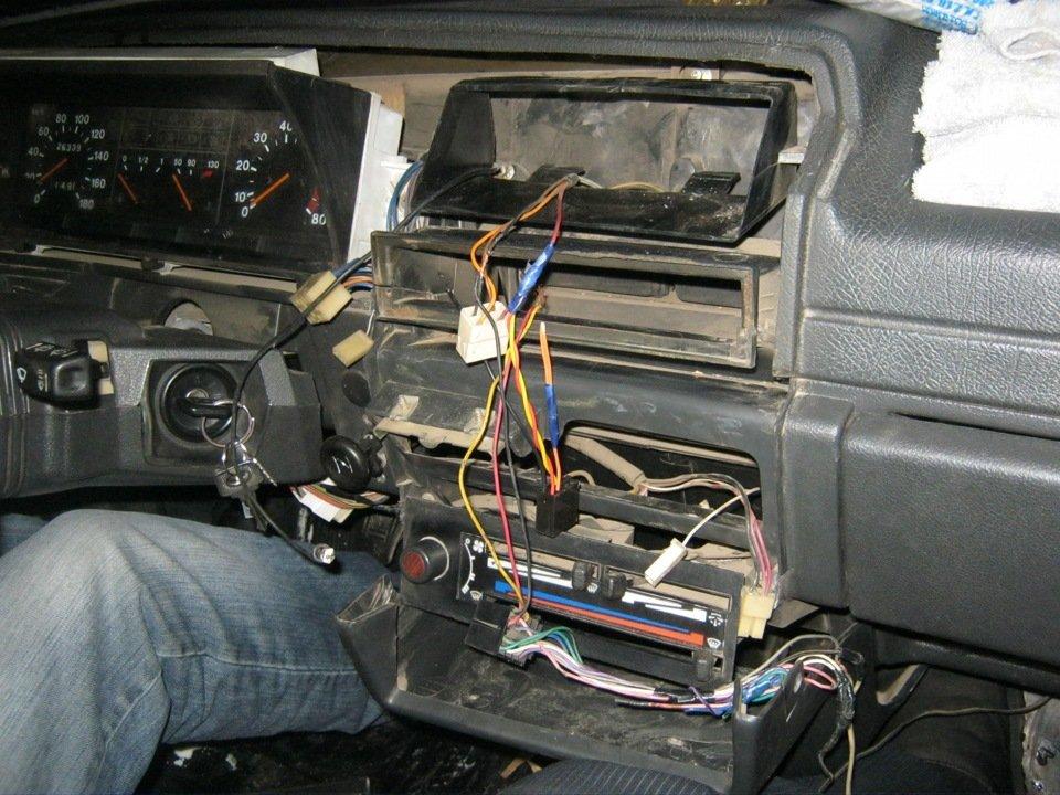 Как подключить автомагнитолу Ваз 2110 своими руками
