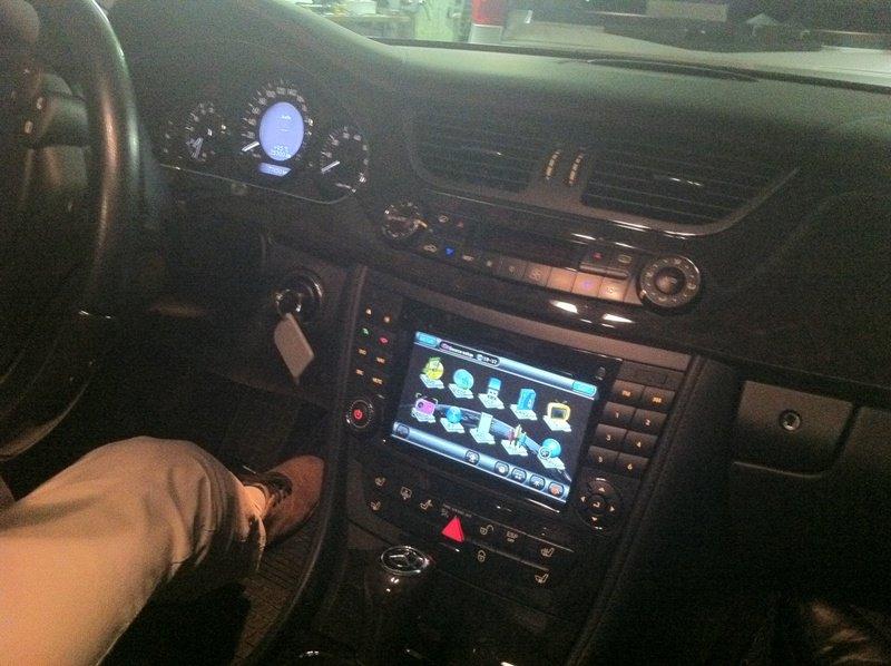 Автомагнитола на Мерседес 211