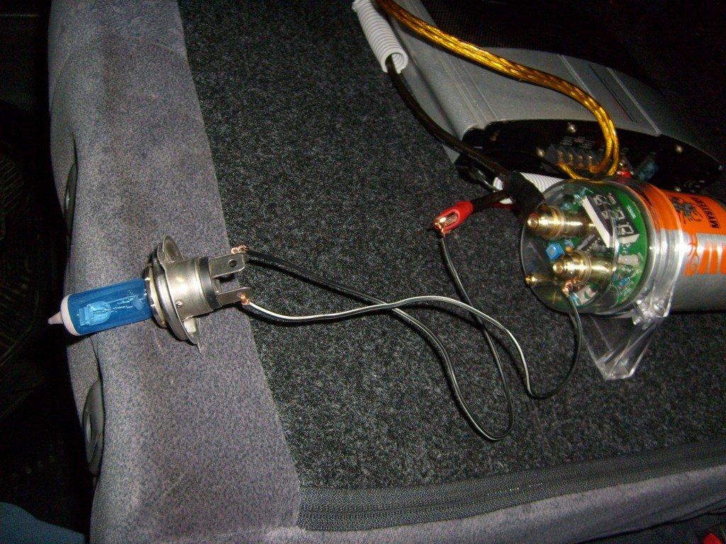 Как зарядить конденсатор для сабвуфера