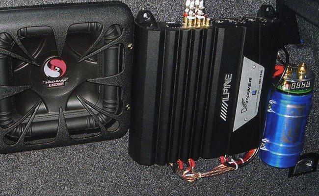 Нужен ли конденсатор для сабвуфера и зачем