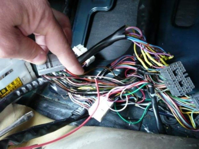 схема подключения магнитолы skoda ms 202