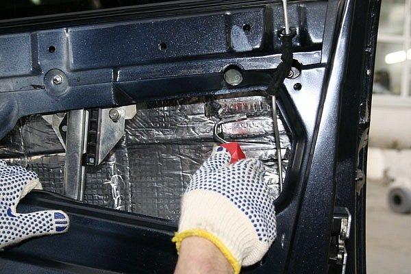 Звукоизоляция дверей ваз 2112 в гараже