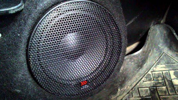 Morel Tempo 6 в автомобиле