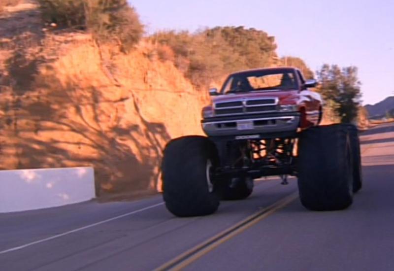 Машина из фильма «Няньки»