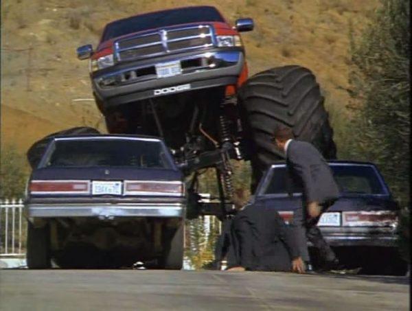 Машина из фильма Няньки