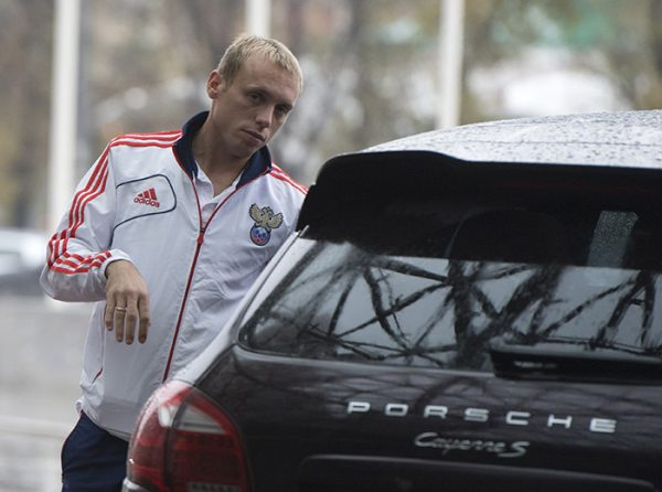 Porsche Cayenne Turbo S Денис Глушакова