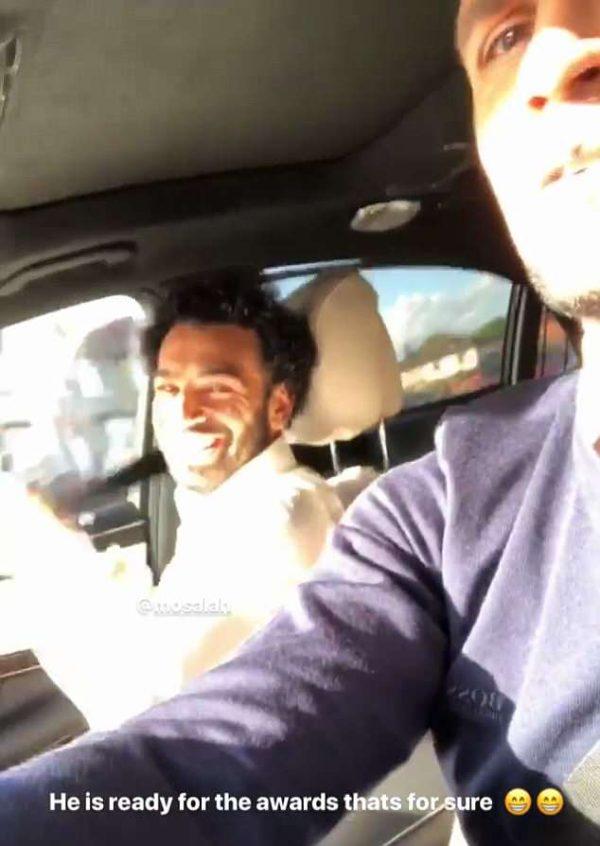 Мохамед Салах в машине
