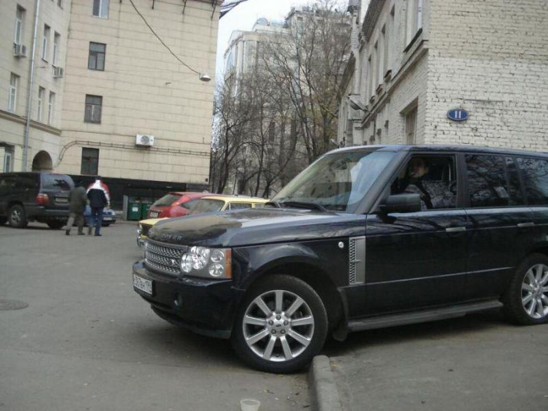 Машина Гарика Мартиросяна