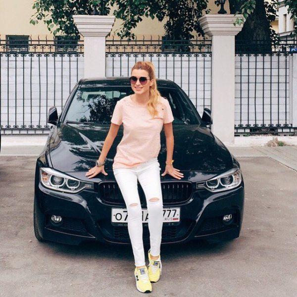 Машина Ксении Бородиной
