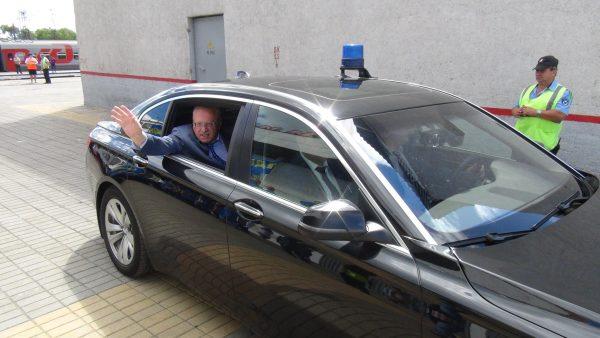 Владимир Жириновский в автомобиле