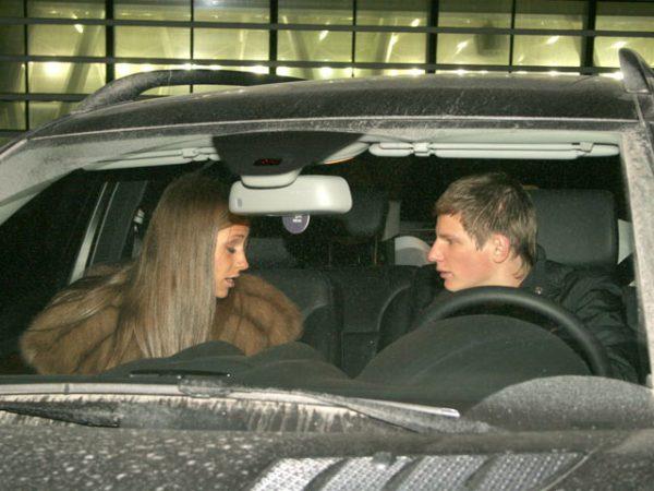 Машина Юлии Барановской и Андрея Аршавина