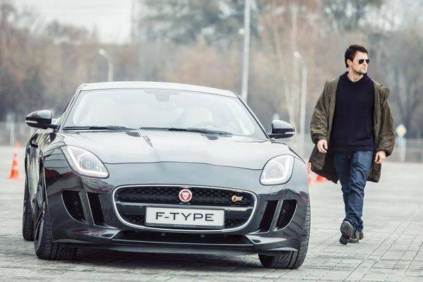 Машина Данилы Козловского