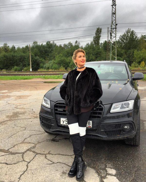 Машина Оксаны Ряски
