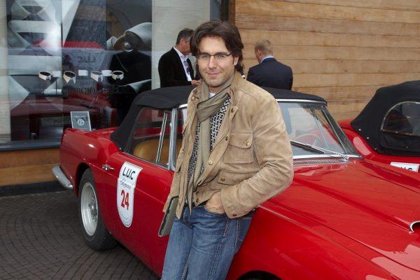 Андрей Малахов на выставке автомобилей