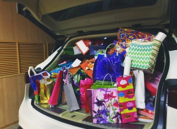 Покупки Кати Адушкиной в машине