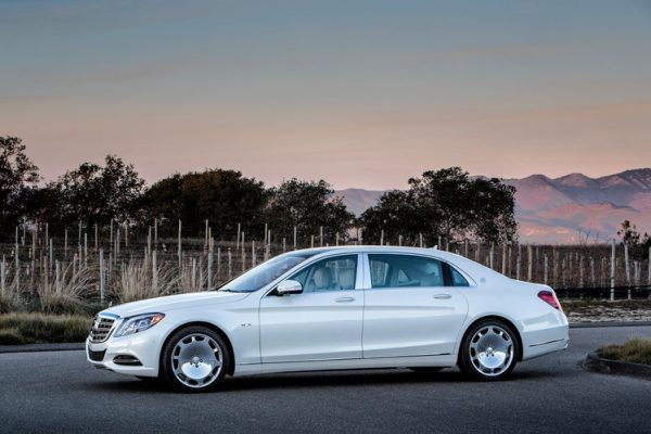 Mercedes Maybach S-Class белый
