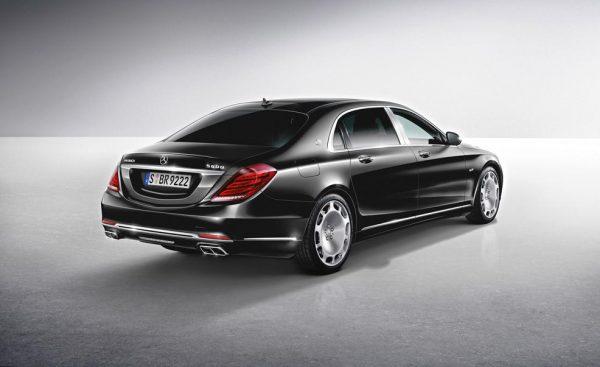 Mercedes Maybach S-Class черный сзади