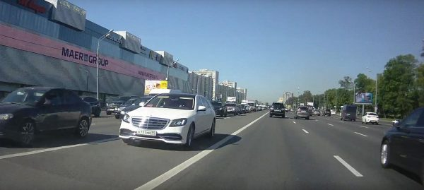 Машина Кобзона