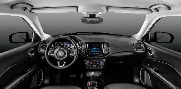 Салон нового Jeep Compass