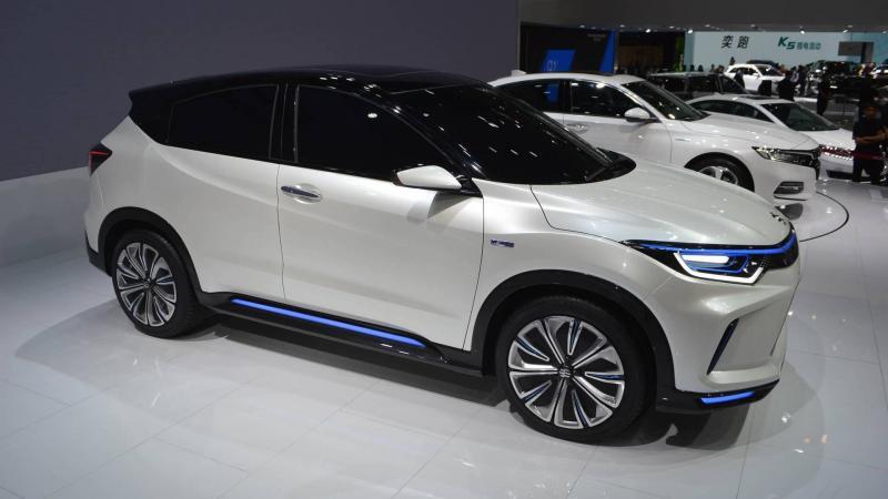 Honda представила первый кроссовер с электроприводом