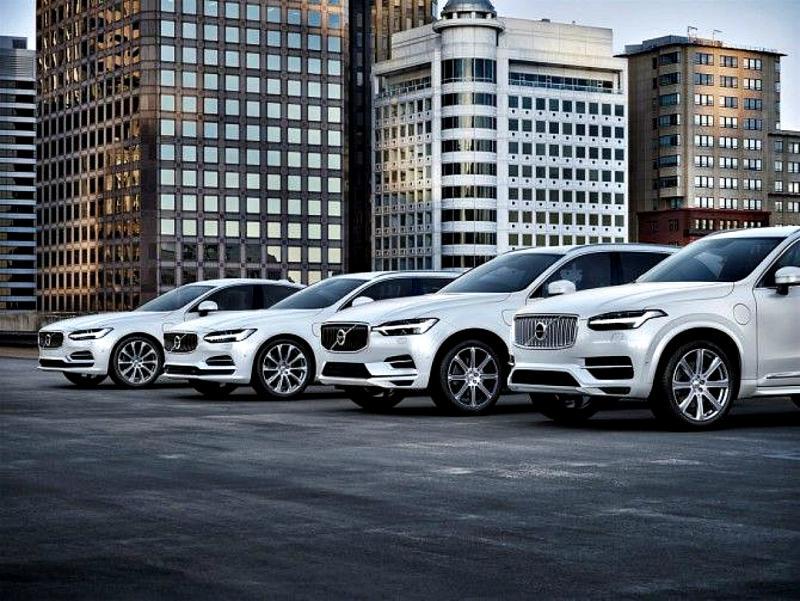 С 1 января в России подорожают автомобили Volvo
