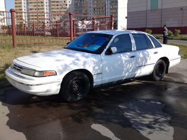 Ford Crown Victoria P71 1995