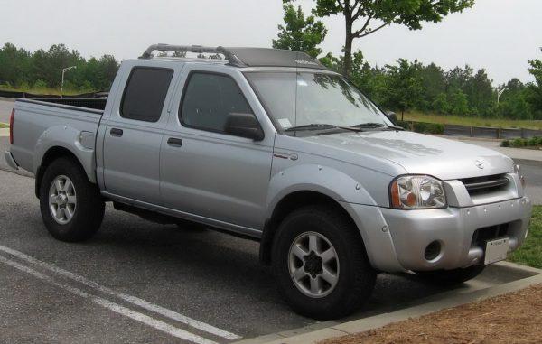 Nissan Frontier D22 2001