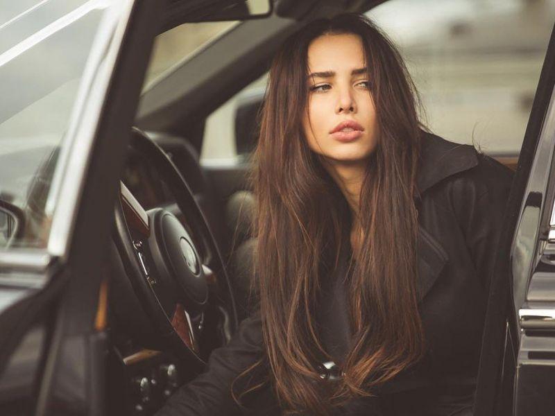 Автопарк Анастасии Решетовой: какие машины есть у невесты Тимати и откуда они у неё?
