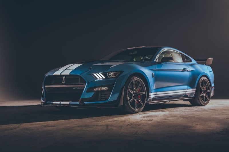 Американский Ford Mustang Shelby GT500 2019 года