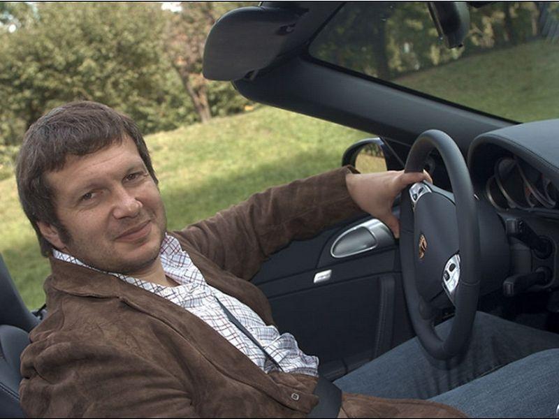 Машины небедного журналиста Владимира Соловьёва