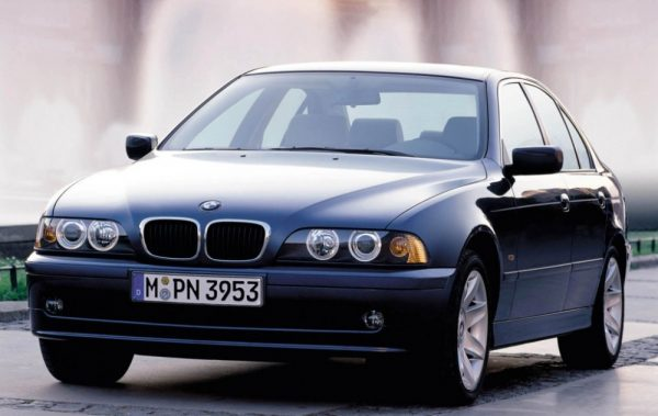 BMW 5 series E39 520i IV