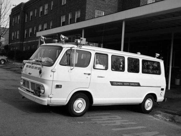 Chevrolet Sportvan 108 в качестве машины скорой помощи