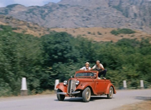 Автомобиль из «Кавказской пленницы»