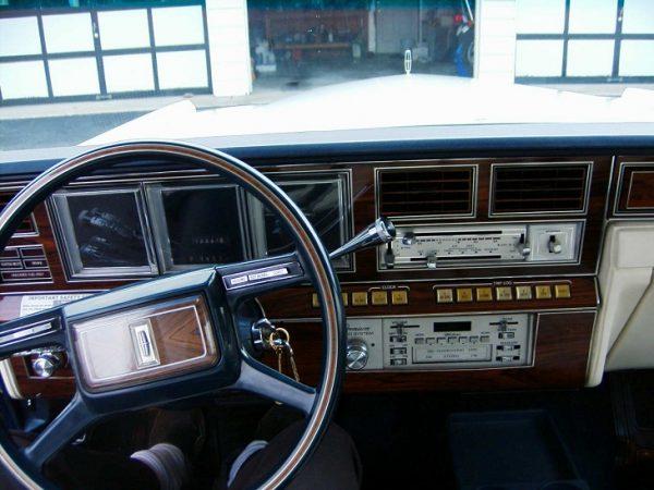 Lincoln Continental 1980
