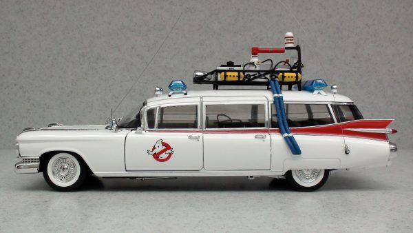 Машина Cadillac 1959 из фильма «Охотники за привидениями»