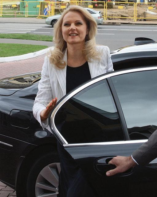 На чем ездит Татьяна Голикова