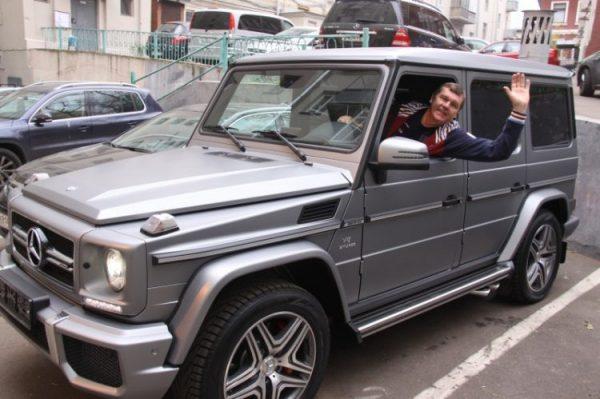 Автомобиль Александра Новикова