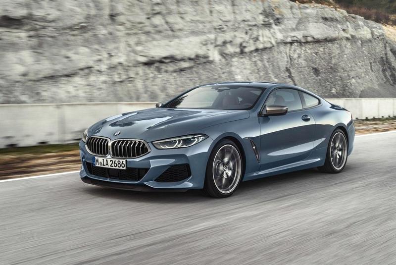 Известная автомобильная компания BMW выпустила новую четырёхдверную модель.