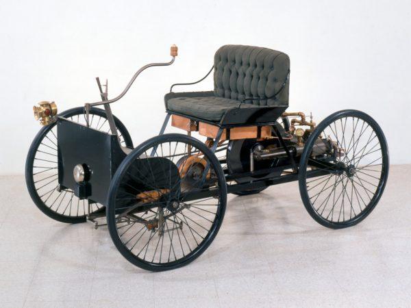 Первые машины разных марок