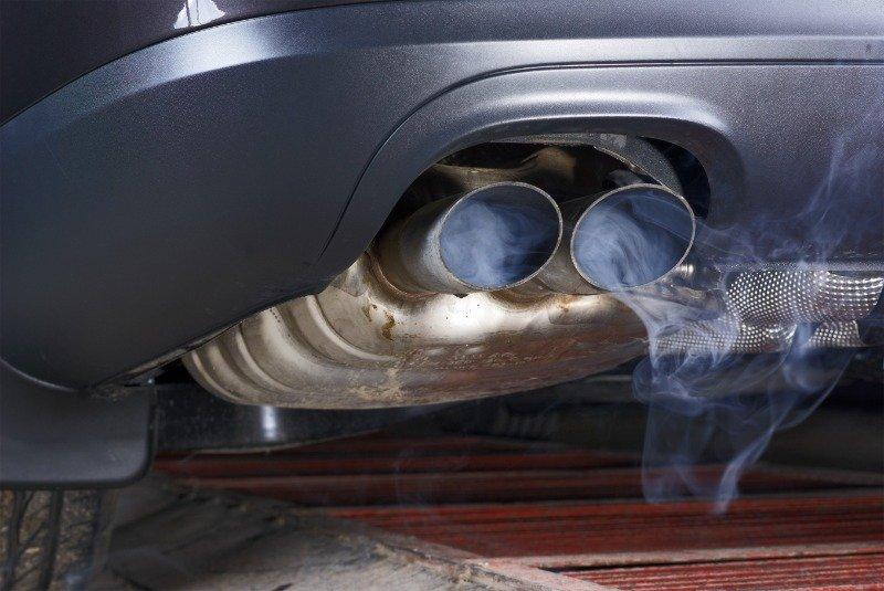 На какие неисправности может указывать цвет выхлопных газов
