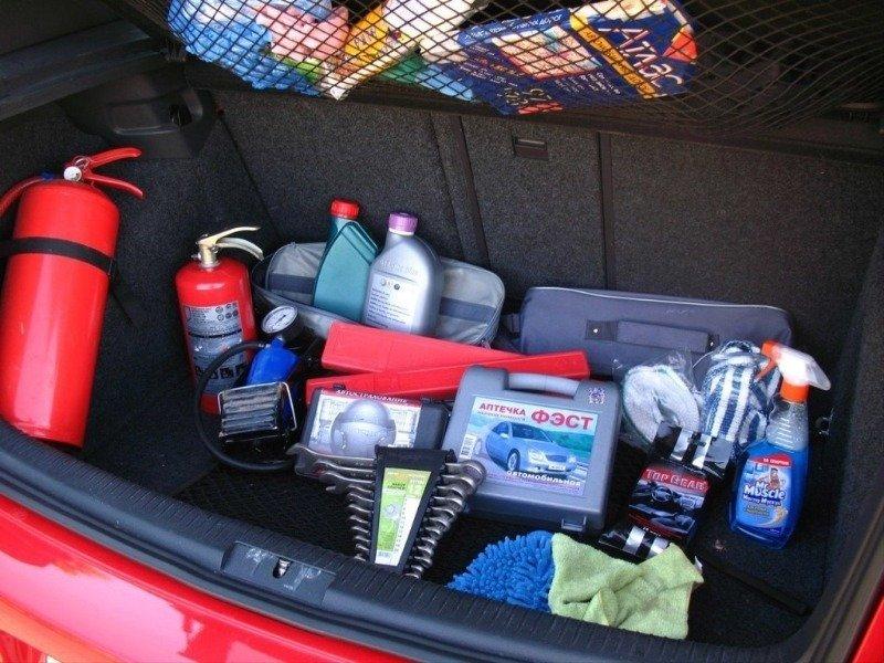 Как без рук: 8 вещей, которые обязательно должны быть в машине