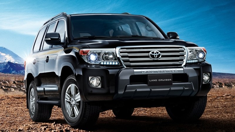 Фото нового Toyota Land Cruiser 200 попали в Facebook