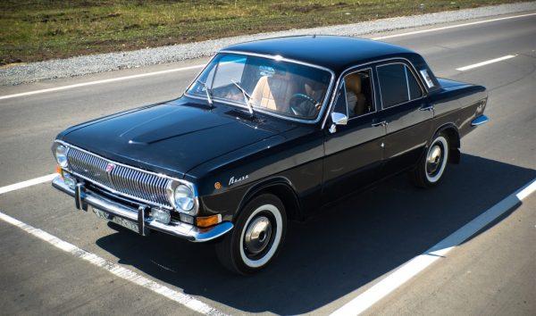 Машина Никиты Михалкова — на чем ездит знаменитый режиссер