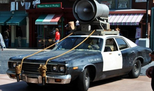 Машина из фильма Братья Блюз
