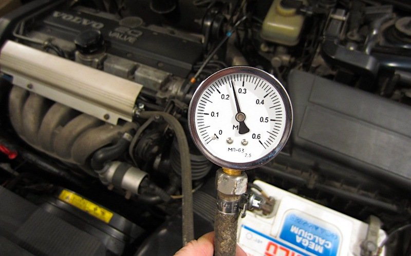 3 способа сбросить давление в топливной рампе и не пролить бензин