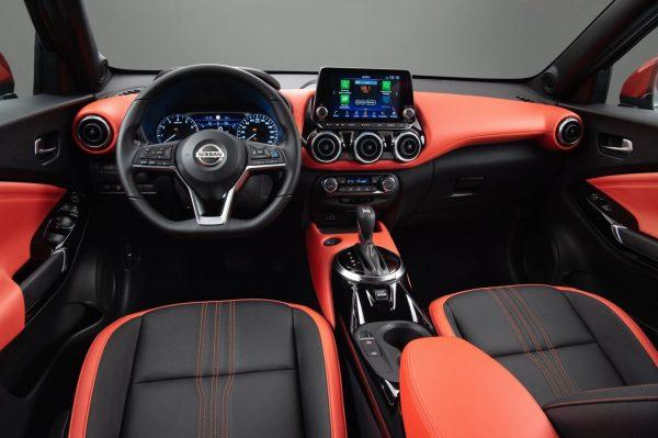 Nissan Juke салон