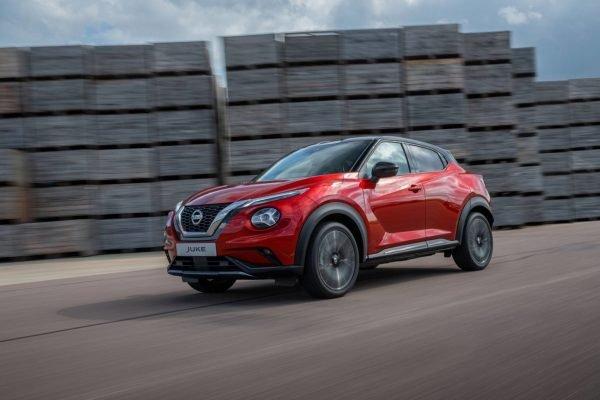 Nissan Juke — сбоку