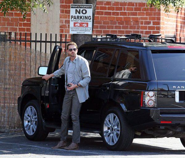 Машина Джерарда Батлера — на чем ездит спартанец, законопослушный гражданин и рок-н-рольщик в реальной жизни